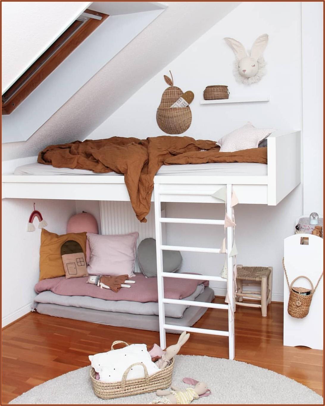 Kinderzimmer Wo Steht Das Bett