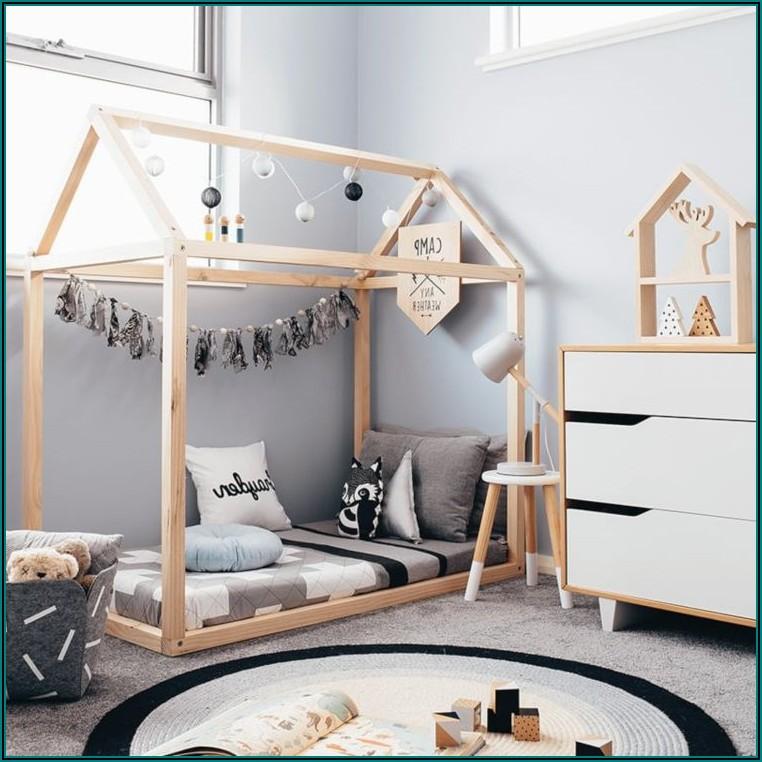 Kleines Kinderzimmer Kleinkind