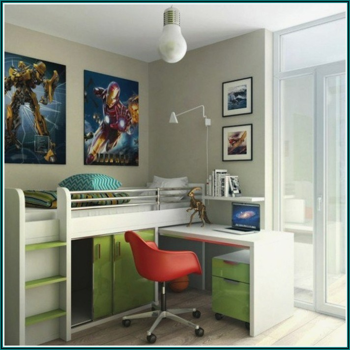 Kleines Kinderzimmer Mit Schreibtisch