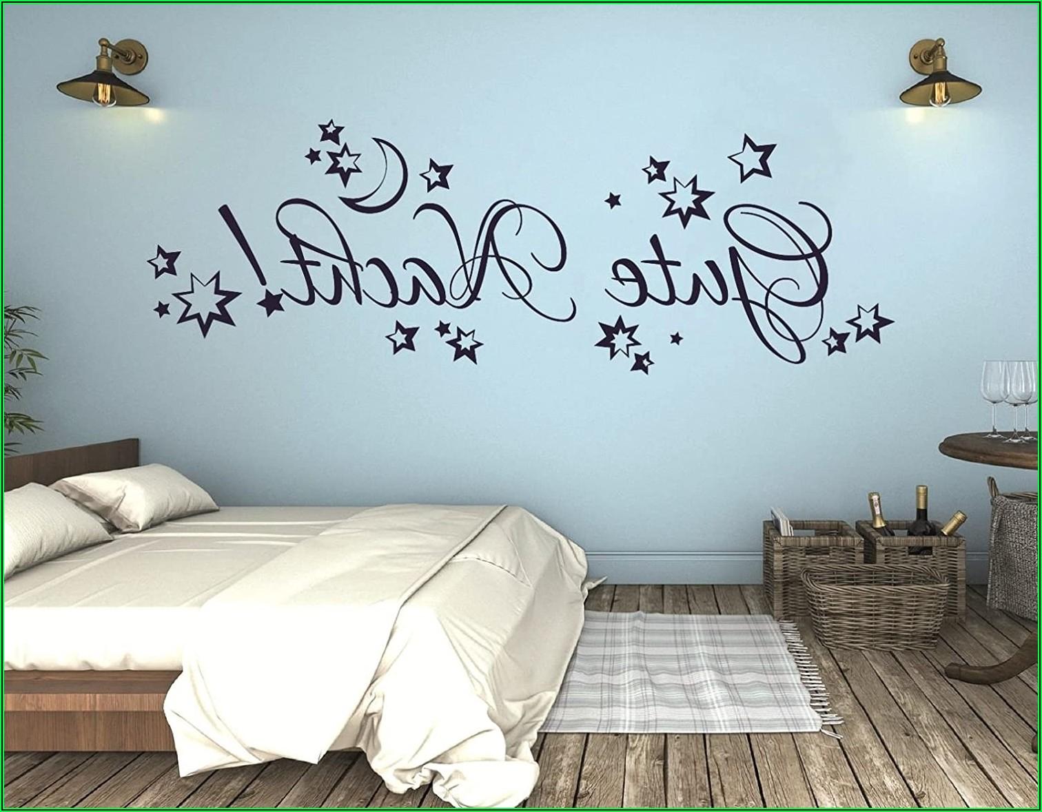Wandtattoo Kinderzimmer über Bett