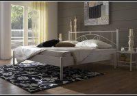 Bett 140×200 Weiß Metall