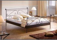 Betten Metallrahmen