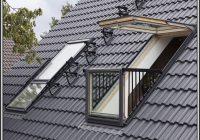 Dachfenster Mit Balkon Austritt