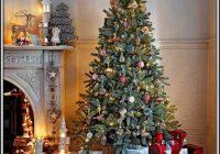Weihnachtsbaum Mit Beleuchtung Und Deko